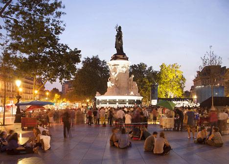 Place-de-la-Republique-and-Monde-Medias-Pavilion-by-TVK_dezeen_16
