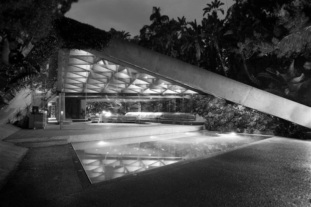'Hollywood's favourite Architect', designed a number of space age homes, the Sheats Goldstein Residence not even one of the most famous of them.  Bold, sculptural and with a view over the city. Typical of many of his hillside homes seen in films who emphasise a vision of luxury. See more here - http://www.johnlautner.org/